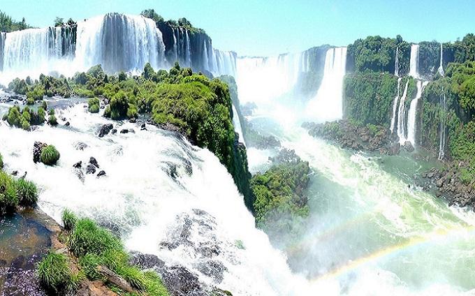 O lado Brasileiro das Cataratas do Iguaçu e todas as