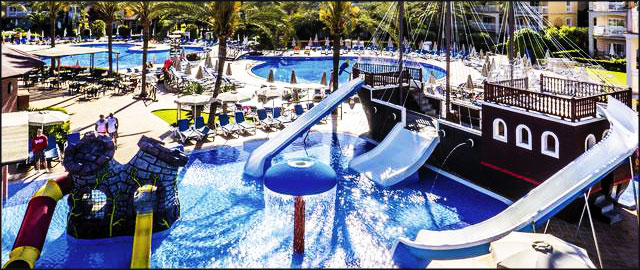 Los 5 mejores hoteles para ir con ni os felices vacaciones - Hotel piscina toboganes para ninos ...