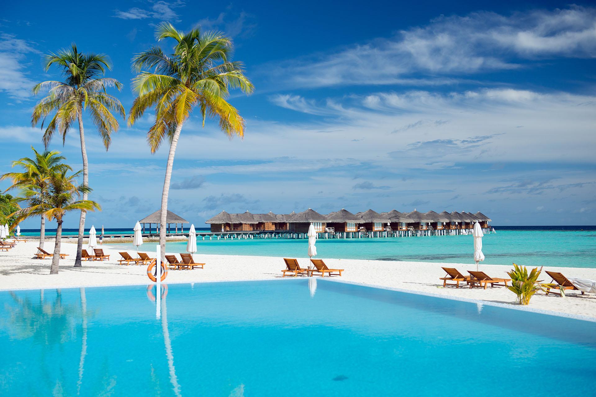 Islas maldivas mapa felices vacaciones for Islas maldivas hoteles en el agua