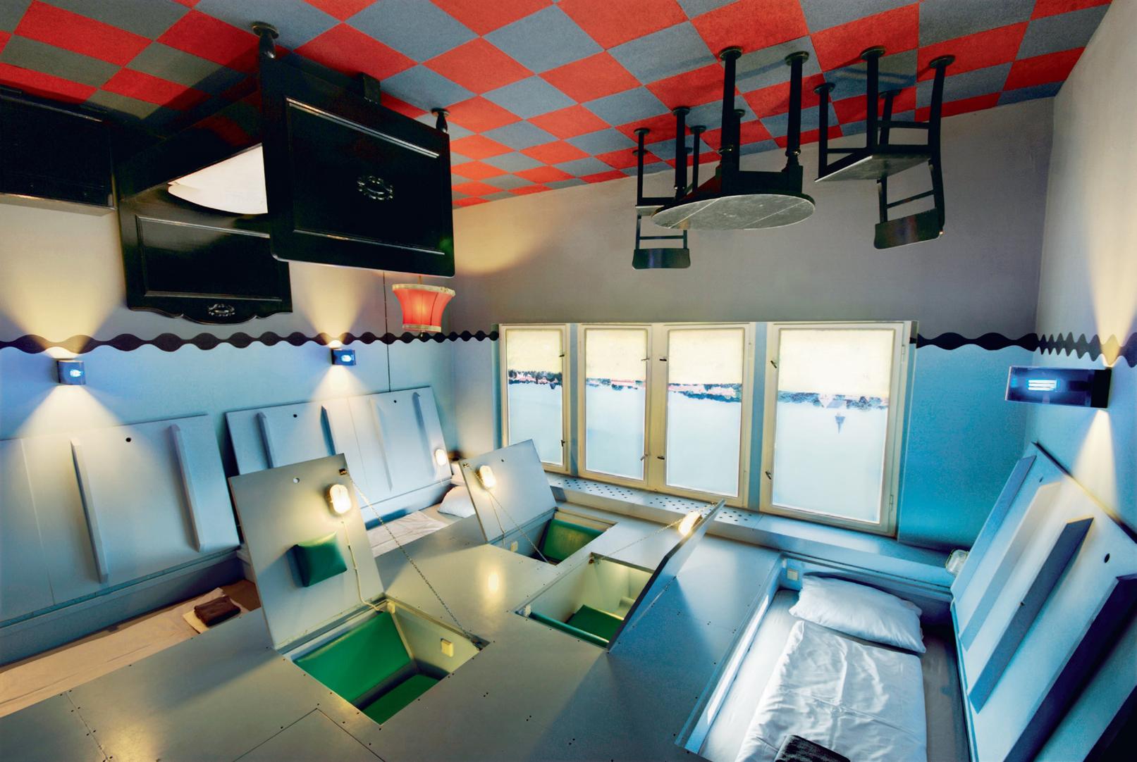 hoteles raros y curiosos del mundo felices vacaciones. Black Bedroom Furniture Sets. Home Design Ideas