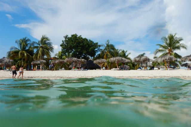 Viaje a Playa Ancon en Cuba