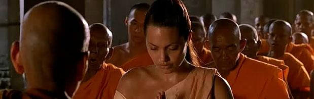 Angelina Jolie en tomb Raider en camboya