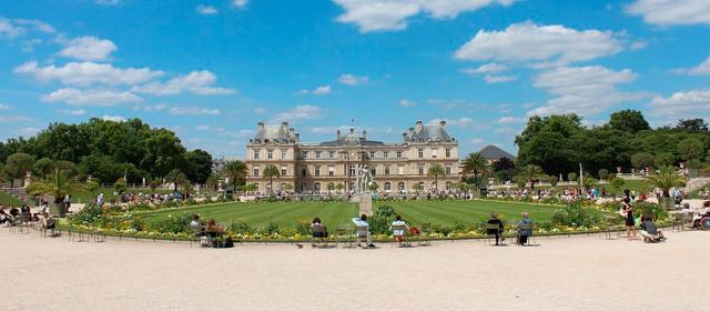 Palacio De Luxemburgo en Paris Francia