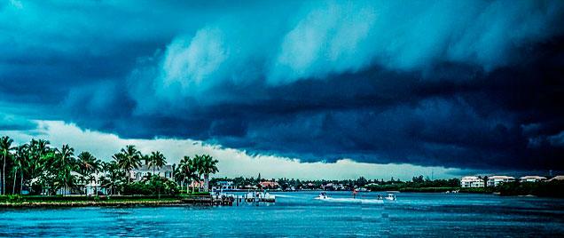 Epoca Huracanes del Caribe