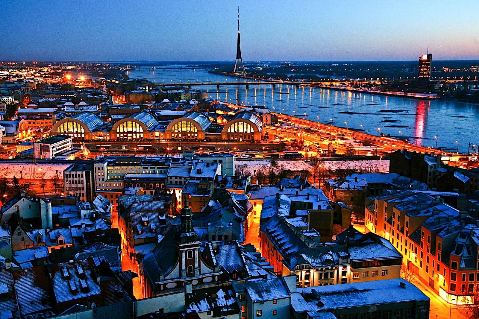 Capitales Bálticas y San Petersburgo