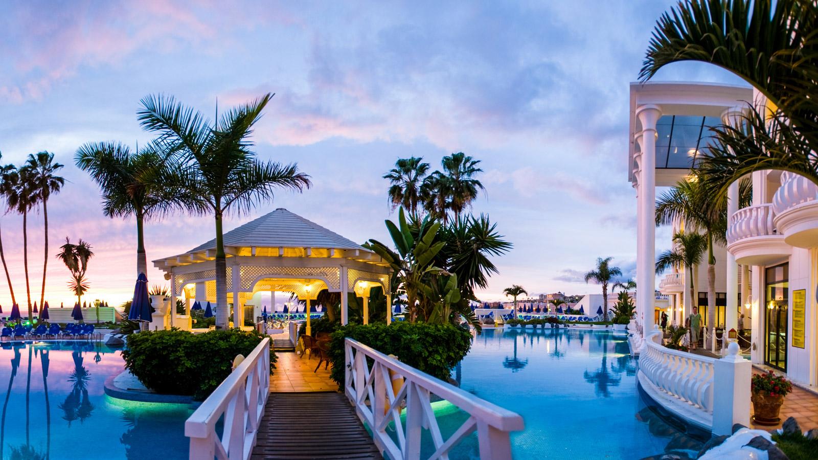 Oferta viaje tenerife sur desde 550 felicesvacaciones for Hoteles para 5 personas
