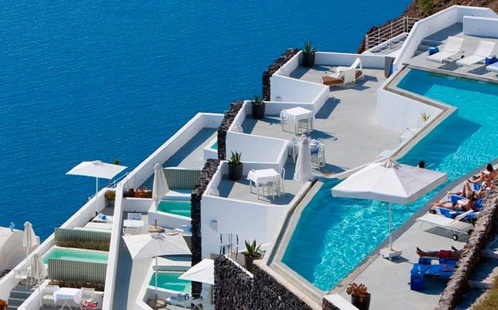 viajes baratos a Santorini